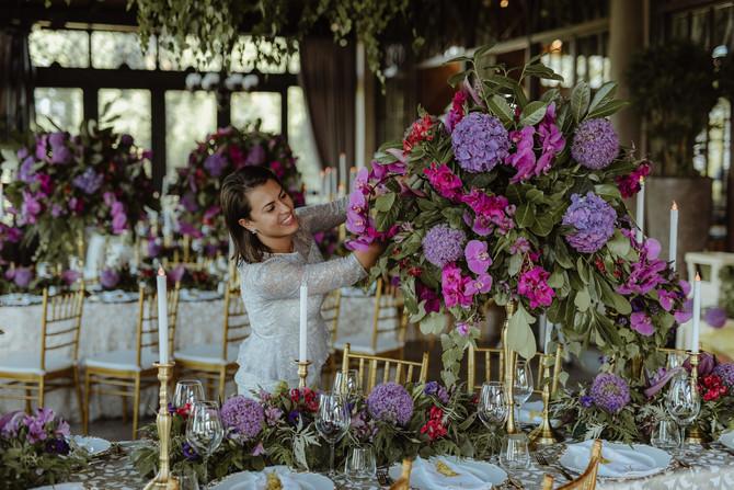 Nadia Duran proverava da li je sve na svom mestu: u restoranu gde su se venčali Nikolina i Mladen
