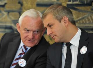 SLD stawia na wyjadaczy: Miller i Oleksy 'jedynkami' na listach wyborczych