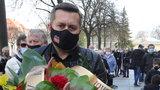 Pogrzeb Krzysztofa Krawczyka. Rodzina i przyjaciele żegnają  wielkiego piosenkarza
