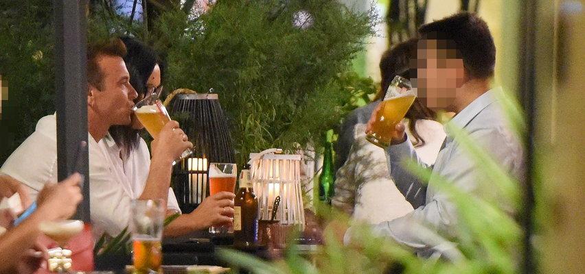 Radek Liszewski z żoną zamieszkali w Warszawie! Mają czas na piwo z synem. DUŻO ZDJĘĆ