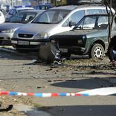 EKSPLOZIJA NA GALENICI Izgoreo automobil, prolaznici čuli JAKU DETONACIJU, policija blokirala celu ulicu (FOTO)