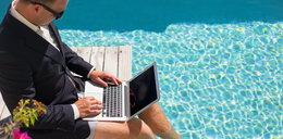 Zaległy urlop wypoczynkowy. Jak nie stracić zaległego urlopu, komu należy się ekwiwalent