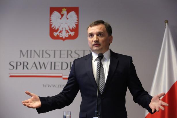"""Minister zaznaczył, że w Polsce jeden ze sprawców """"uniknąłby wręcz odpowiedzialności karnej"""