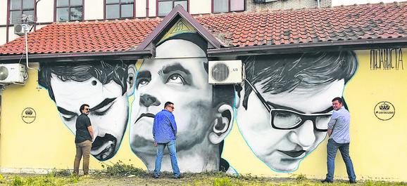 Državni posao ispred murala Andreja Josifovskog