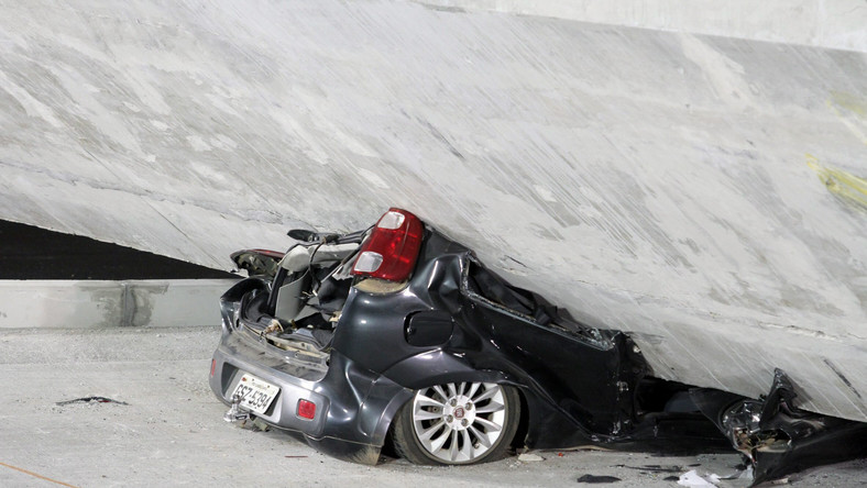 Wzrosła liczba rannych w brazylijskim Belo Horizonte, gdzie zawalił się wiadukt drogowy. Według informacji służb medycznych, dwie osoby nie żyją, a 22 są ranne.
