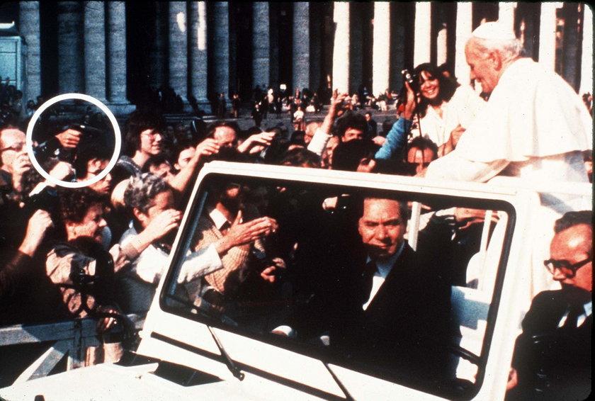 35. rocznica zamachu na Jana Pawła II. Kto chciał zabić papieża?