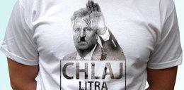 Szokująca koszulka z Aliexpress! Internauci oburzeni