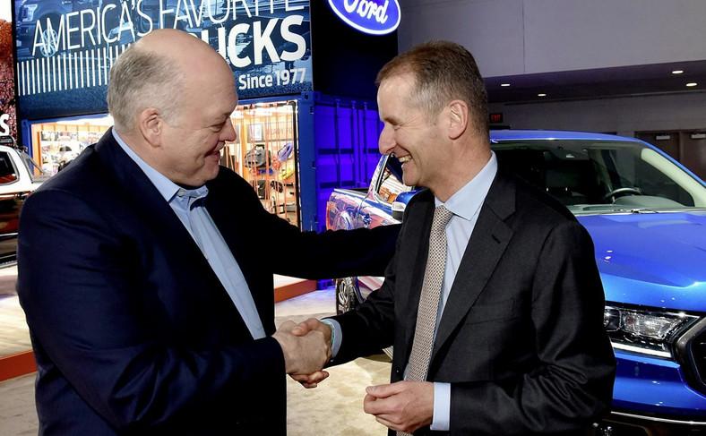 Jim Hackett, szef Forda i Herbert Diess, który rządzi koncernem Volkswagen