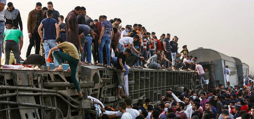 Katastrofa kolejowa w Egipcie. Zginęło 11 osób, blisko 100 rannych