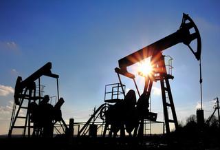 Ropa w USA powyżej 69 USD/b. Rynek powoli odradza się po huraganie Ida