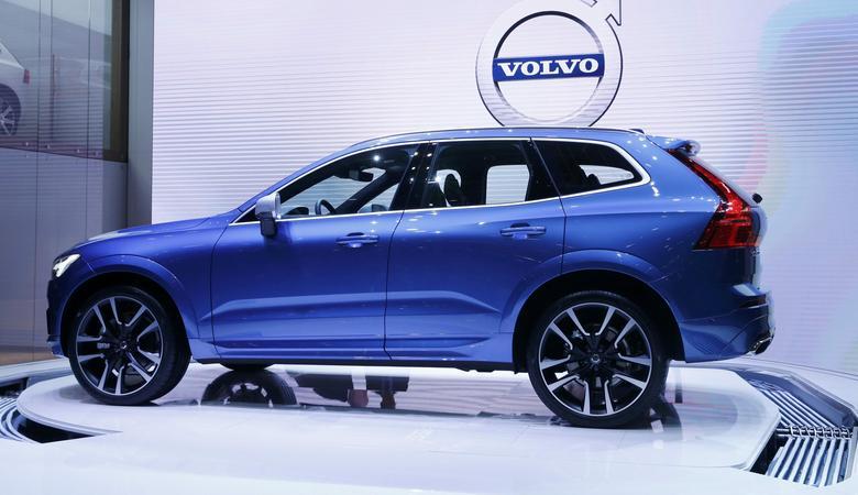 Volvo xc60 kolejny mocny zawodnik genewa 2017 top garage for Garage volvo bourgoin jallieu