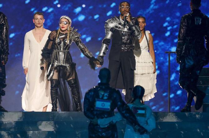 Madona i reper Quavo na sceni Evrovizije