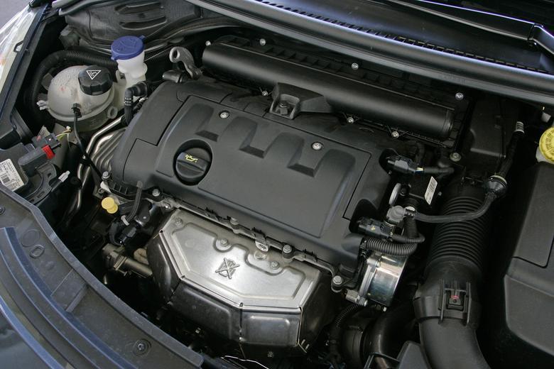 1.6 VTi – wolnossący benzyniak serii Prince powstał we współpracy z BMW. Niewiele pali, jednak nie jest idealny pod względem trwałości
