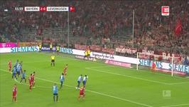Bayern Monachium - Bayer Leverkusen: bramka Roberta Lewandowskiego