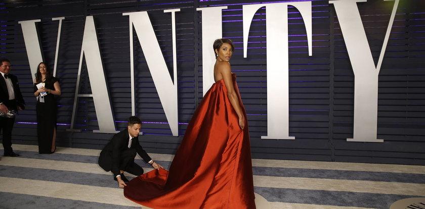 Z takim biustem przyszła na Oscar Party 2019 Vanity Fair