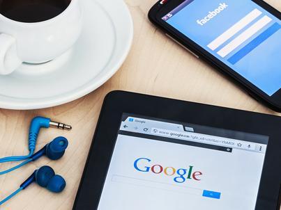 Facebook i Google mają ok. 60 proc. globalnych przychodów z reklamy online