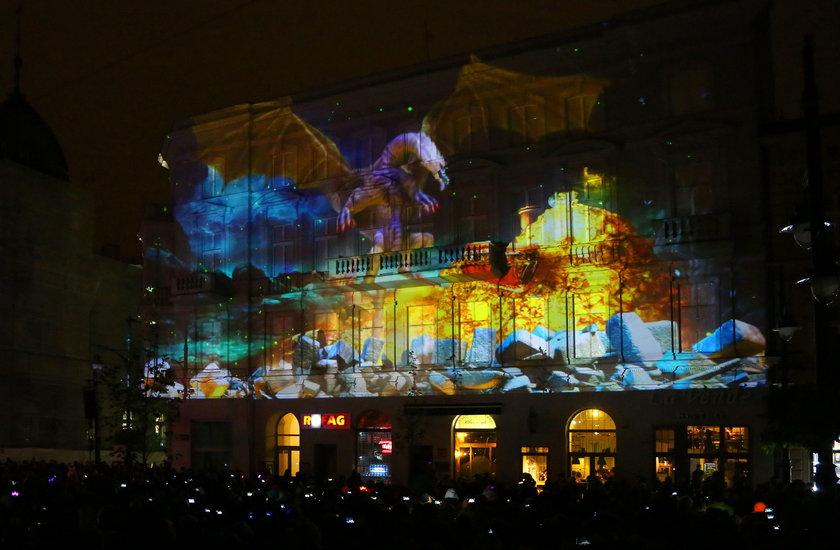 Festiwal światła w Łodzi na Piotrkowskiej, placu Wolności, w Parku Staromiejskim i Parku Sienkiewicza