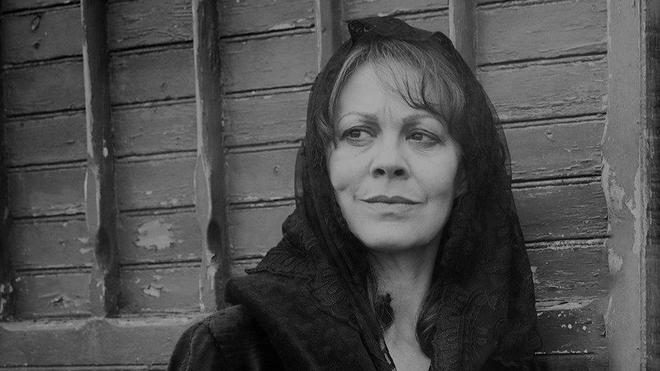 """Helen McCrory jako ciotka Polly Gray w seriali """"Peaky Blinders"""""""
