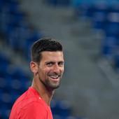 Novak Đoković NEPOZVAN UPAO na trening gimnastičarki, napravio neviđen šou, a onda zatražio - ovo! /FOTO/