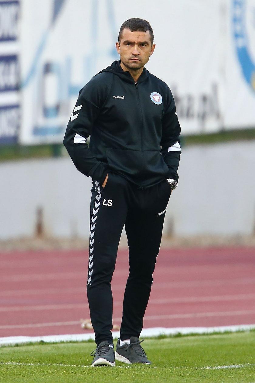Ostatni mecz na zawodowym poziomie rozegrał w maju 2017 roku jako piłkarz Ruchu Chorzów.