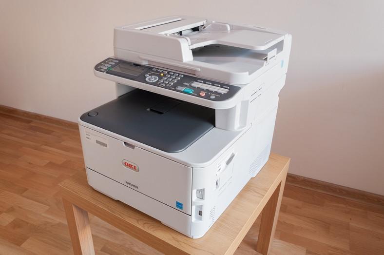 Jaką drukarkę do biura wybrać – test OKI MC363dn