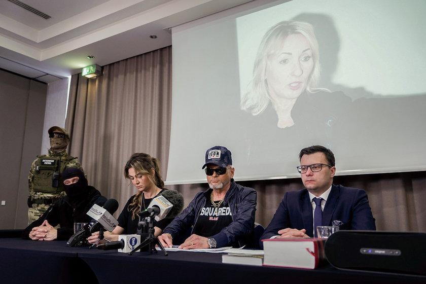 Konferencja prasowa Krzysztofa Rutkowskiego z udziałem tajemniczego informatora