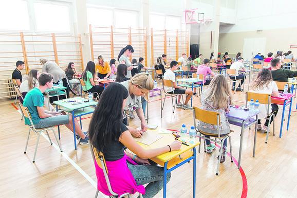 Za najpopularnije škole potrebno više od 90 bodova na upisu
