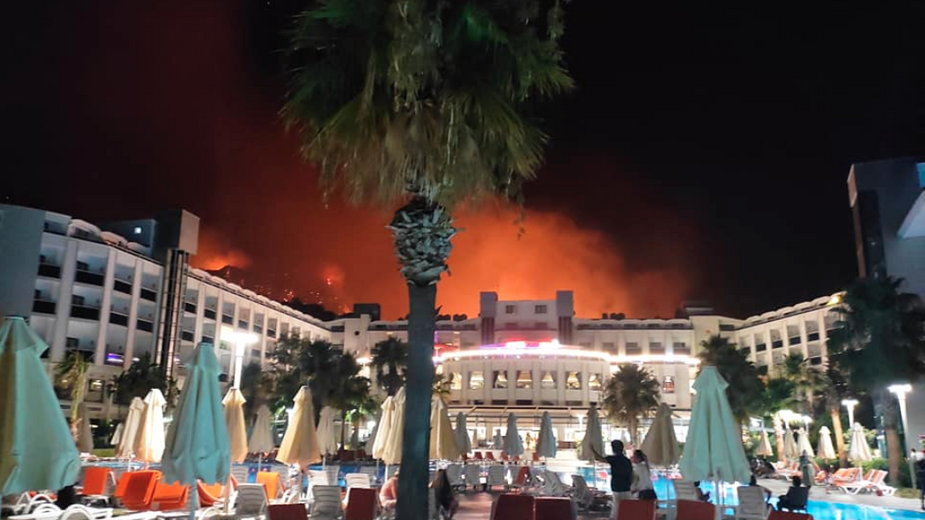 Turcja. Pożary w kurortach. Polscy turyści muszą uciekać