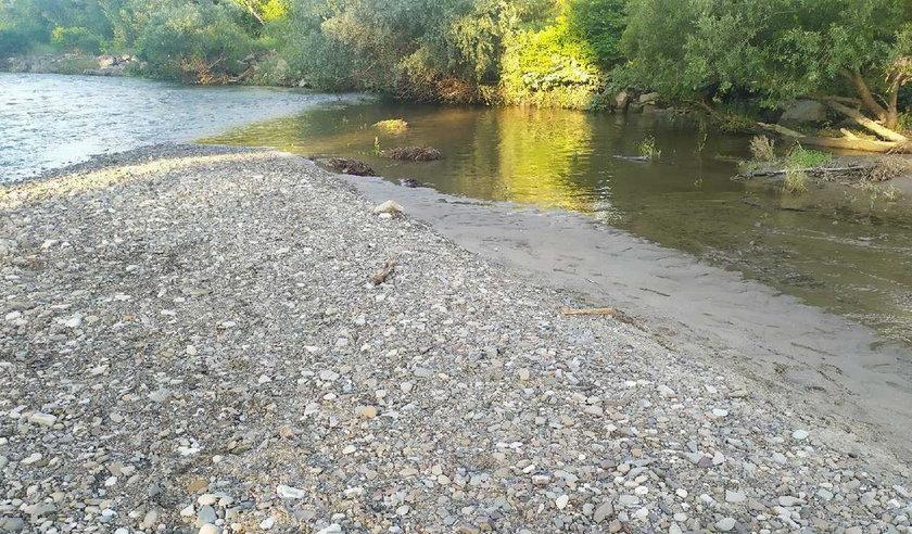 Makabryczne odkrycie w rzece Sole. Nastolatkowie wezwali policję