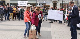 Niepokojące doniesienia z Rybnika. Nauczycielka zapraszała uczniów na marsz antycovidowców?