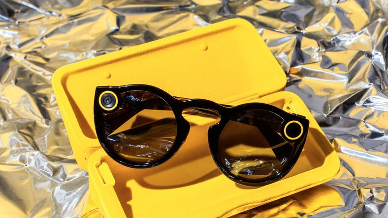 bd56aac141b Spectacles Snapchat is now selling its camera-equipped sunglasses ...
