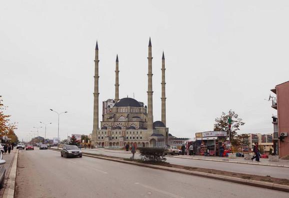 Budući izgled džamije u Prištini