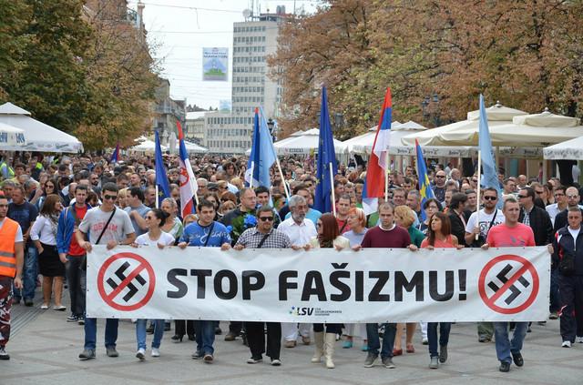"Antifašističkom skupu ""Šetnja za slobodu"" prisustvovalo je oko 2.000 građana"