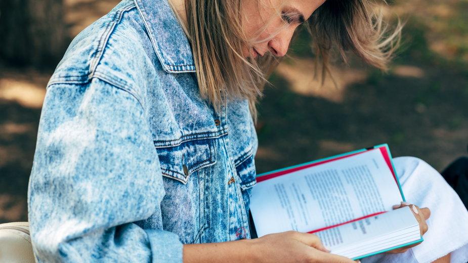 20 książek psychologicznych, które pozwolą lepiej zrozumieć samego siebie