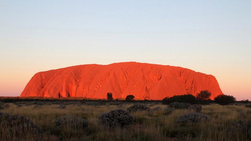 Ayers Rock (Uluru) o zachodzie słońca, Park Narodowy Uluru-Kata Tjuta