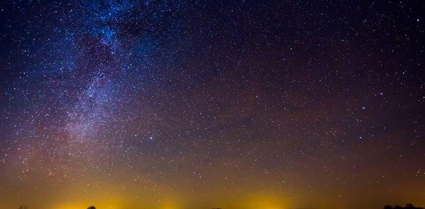 Magia na lipcowym niebie! Przed nami zaćmienie księżyca i burzowa pełnia