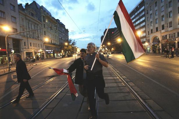 Węgrzy popieraja narodową politykę premiera Orbana.