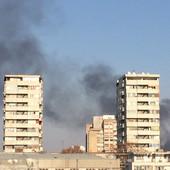 POŽAR NA KARABURMI Crni dim se može videti i iz centra grada, IMA POVREĐENIH (VIDEO)