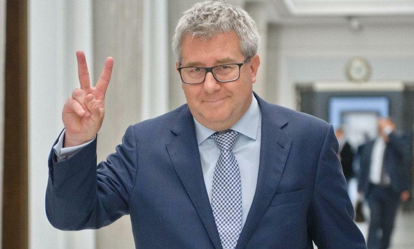 Wstydliwa wpadka Czarneckiego. Pomylił osoby... i pochwalił się na Twitterze