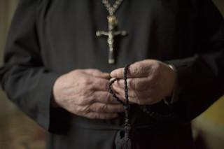 Fundacja 'Nie Lękajcie Się' opublikowała raport, a w nim nazwiska biskupów, którzy mieli tuszować pedofilię
