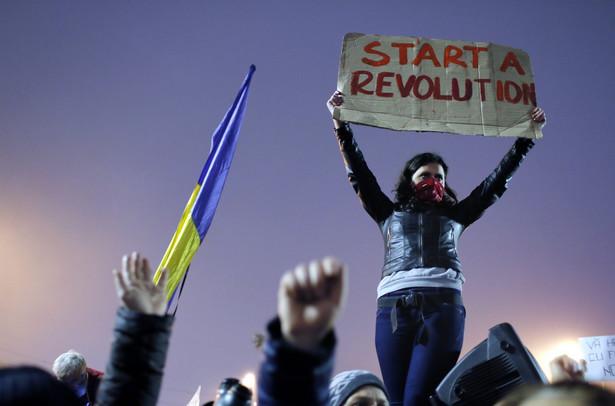 Jeśli prezydent przychyli się do żądań ulicy, Rumunia będzie pierwszym państwem UE, w którym doszło do głębokiej zmiany na szczytach władzy w wyniku aktywności ruchów miejskich, ekologicznych i szerzej NGO