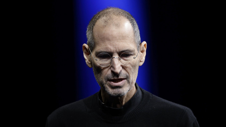 Steve Jobs nie poddał się operacji, lecz wolał stosować dietę wegańską, zioła, akupunkturę i inne metody alternatywne