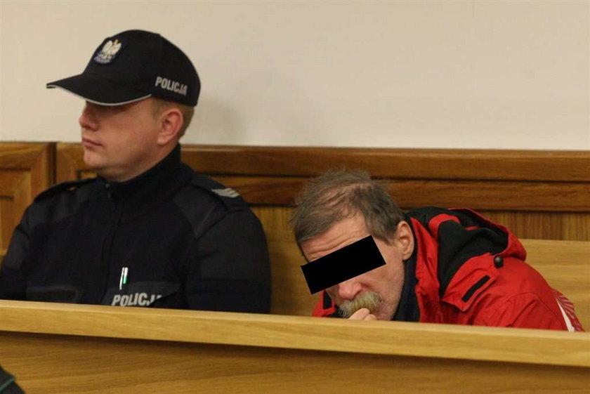 Leczył seksem, trafił pod sąd!