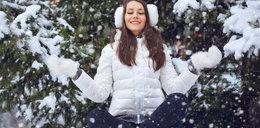 Puchowe kurtki tańsze nawet o 50 proc. To idealnymoment, byuzupełnić zimową garderobę!