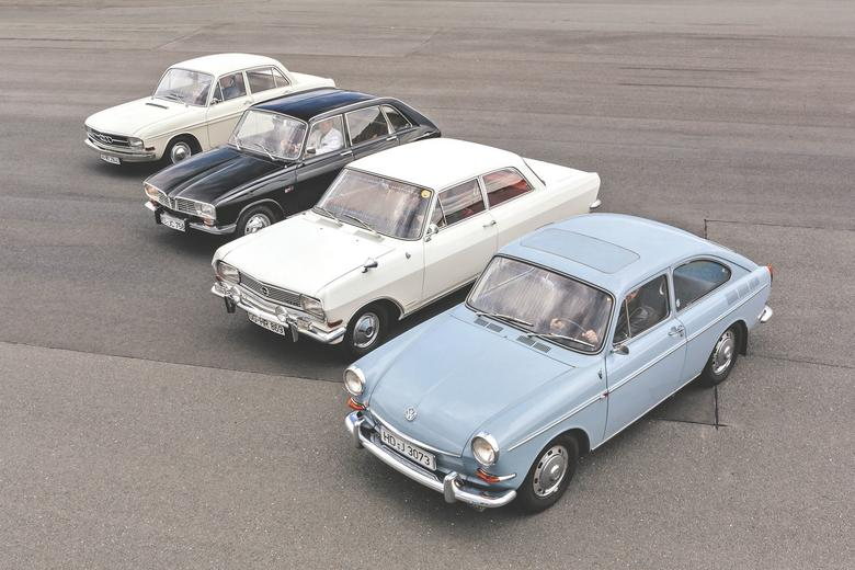 Które auto zdobędzie wasze serca, zadecyduje gust,  ale obiektywnie rzecz ujmując, to porównanie mógł wygrać tylko jeden samochód: rewolucyjne Renault 16!