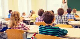 Pozwolili uczniom wybrać, o której przyjdą do szkoły. Zaskakujące wyniki!
