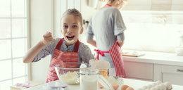 Czy jedzenie surowego ciasta szkodzi?