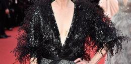 Ten dekolt powalił Cannes na kolana. Ta aktorka ma 54 lata!