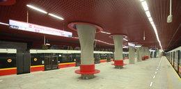 Metro straciło 14 milionów, bo pociągi nie jeżdżą