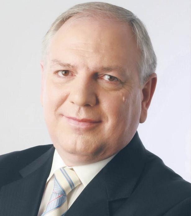 Sylwester Cacek, prezes Sfinks Polska
